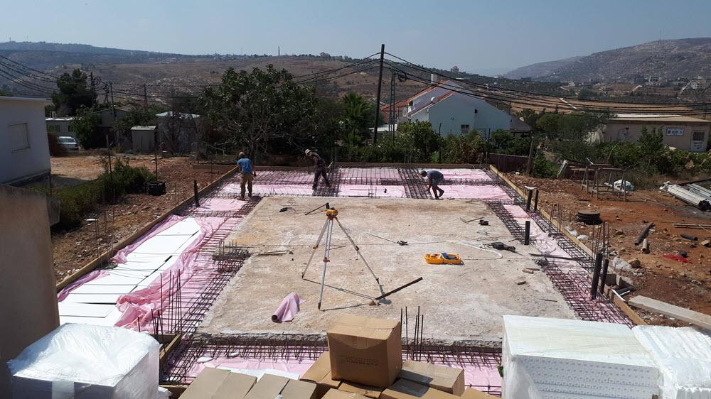 יסודות בית בבניה